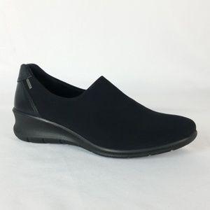 Ecco 35 Black Slip On Loafers S14-4